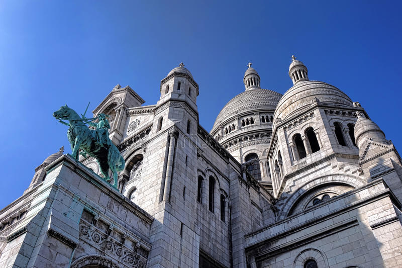 Sacre Coeur大教堂教会外部在巴黎 库存图片