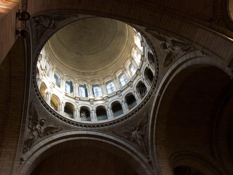 Sacre Coeur all'interno della vista fotografie stock