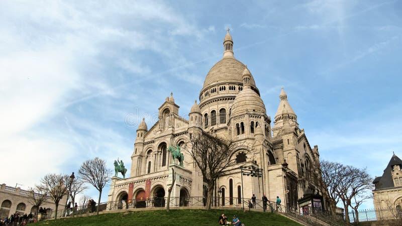 Sacre-Coeur boven op Butte Montmartre in Parijs stock afbeelding