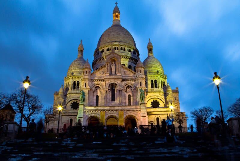 Sacre Coeur entro Night fotografie stock libere da diritti