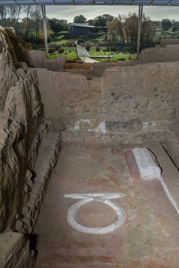 Sacrifiez l'autel de Cancho Roano la nuit, Zalamea de la Serena, image stock