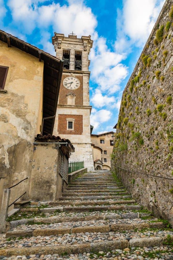 Sacro Monte του Βαρέζε, Σάντα Μαρία del Monte, μεσαιωνικό χωριό, Ιταλία στοκ φωτογραφίες