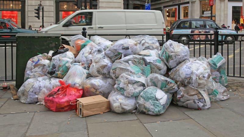 Sacs de déchets clairs photos libres de droits