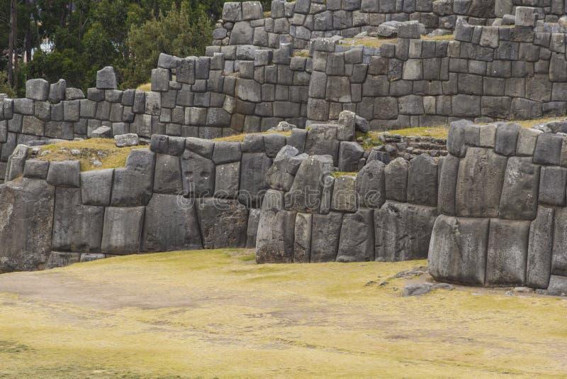 Sacsayhuaman墙壁的石制品,在库斯科,秘鲁 库存图片