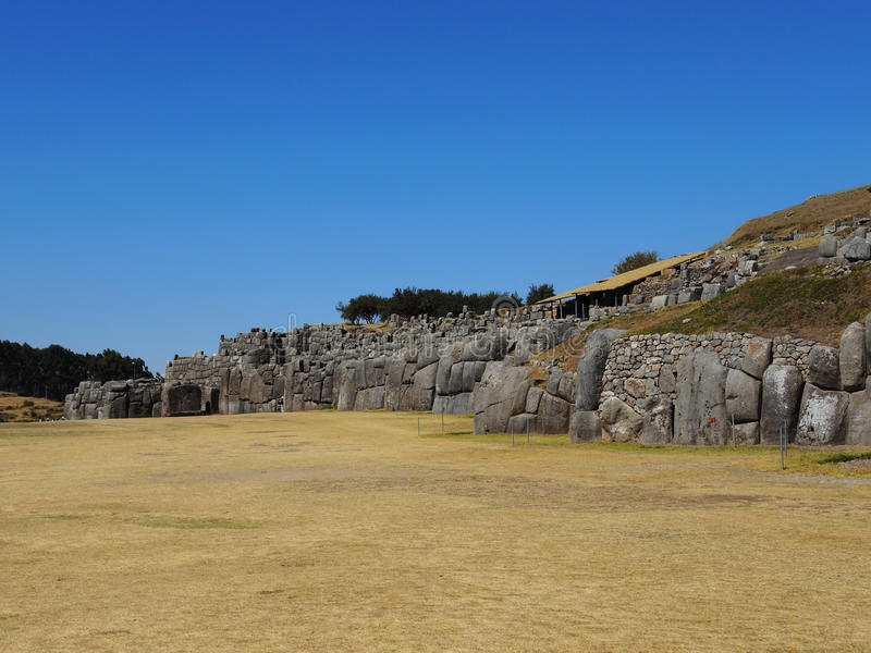 Download Sacsayhuaman Dans Cusco, Pérou Photo stock - Image du horizontaux, automne: 77155704