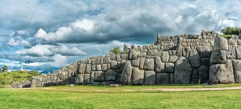 Sacsayhuaman, ruines d'Inca dans Cusco, Pérou photographie stock libre de droits