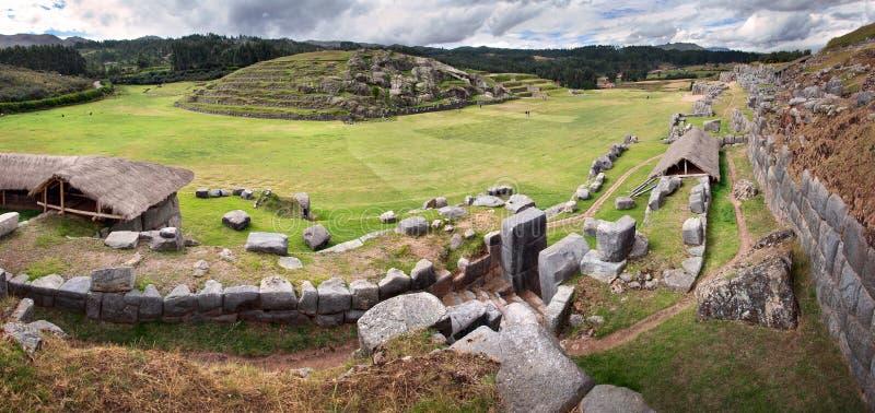 Sacsayhuaman, ruines d'Inca dans les Andes péruviens près de Cuzco, Pérou photographie stock libre de droits
