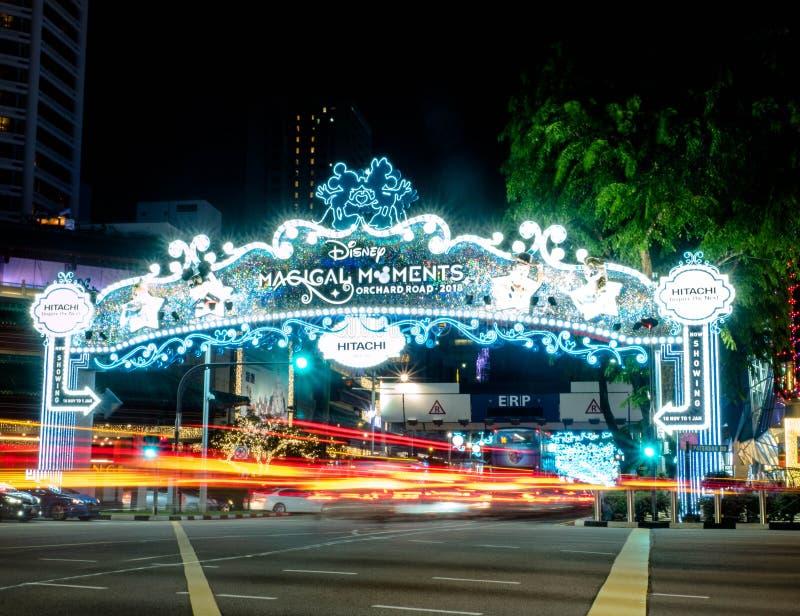 Sad droga Singapur, Nov, - 23, 2018: Bożenarodzeniowy festiwal, Disney tematu świętowanie, sad droga główny zakupy okręg wewnątrz fotografia stock
