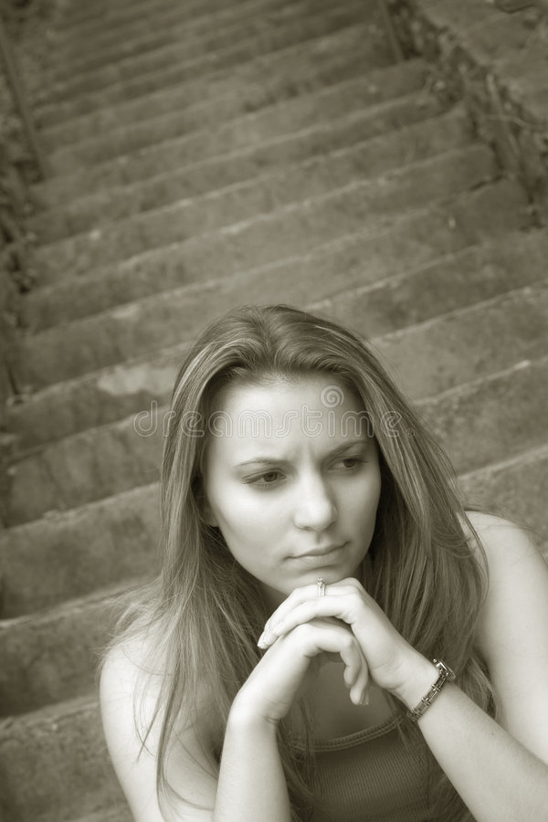 Download SAD flicka fotografering för bildbyråer. Bild av teen, fördjupning - 249367