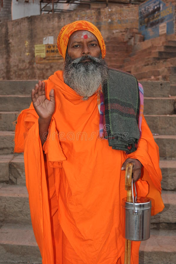 Sadhu (heiliger Mann) in Varanasi, Indien stockfotografie