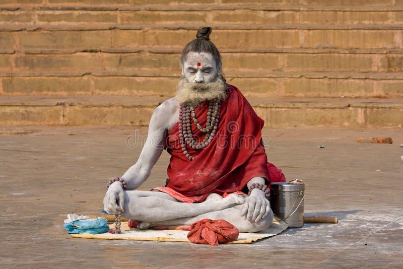 Sadhu indiano (homem santamente) foto de stock royalty free