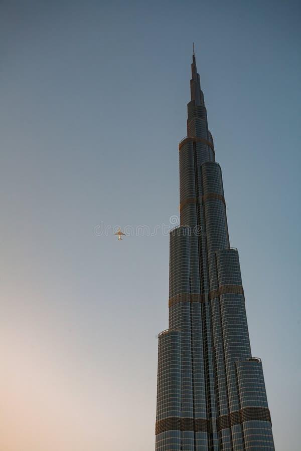 SAE,迪拜- Burj有航空器的哈利法 免版税库存图片