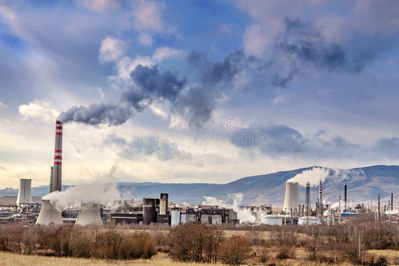 Safari fuori strada, fabbrica di Chemopetrol, città più, la Boemia del nord, repubblica Ceca fotografia stock libera da diritti