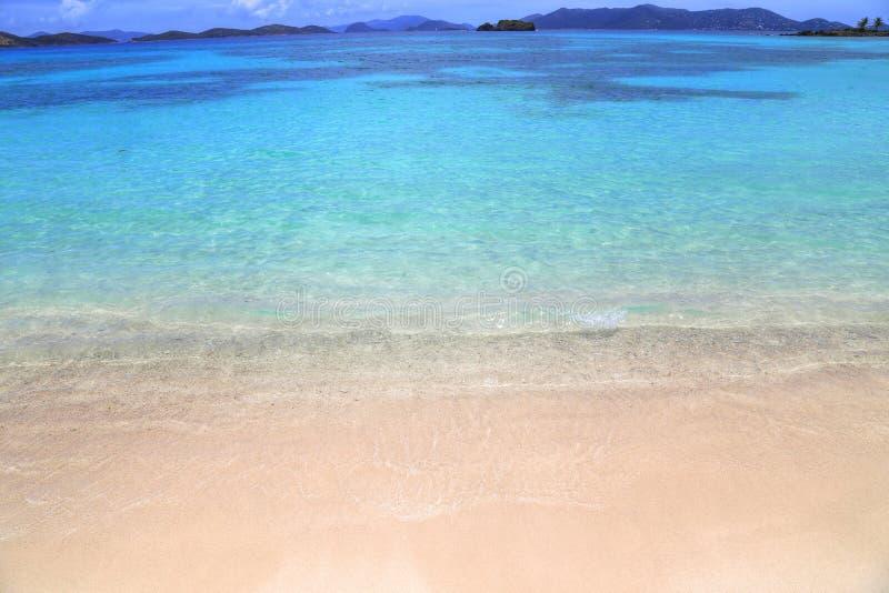 Safirstrand på den St Thomas ön arkivbild