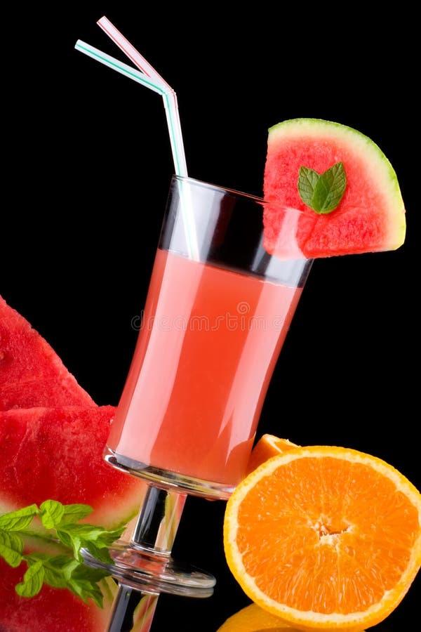 Saft und frische Früchte - organisch, Gesundheitsgetränk-SE stockfoto