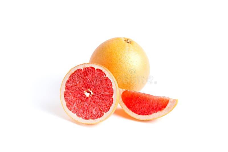 Saftig grapefrukt på vit bakgrund royaltyfri foto