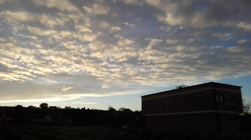 Sagolik himmel 1 arkivfoto