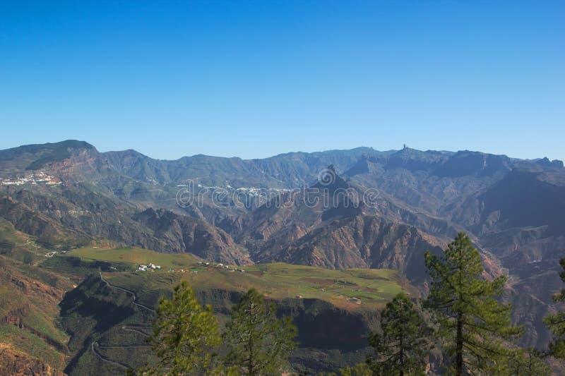 Sagolik sikt över centralen som är massiv av Gran Canaria arkivfoton