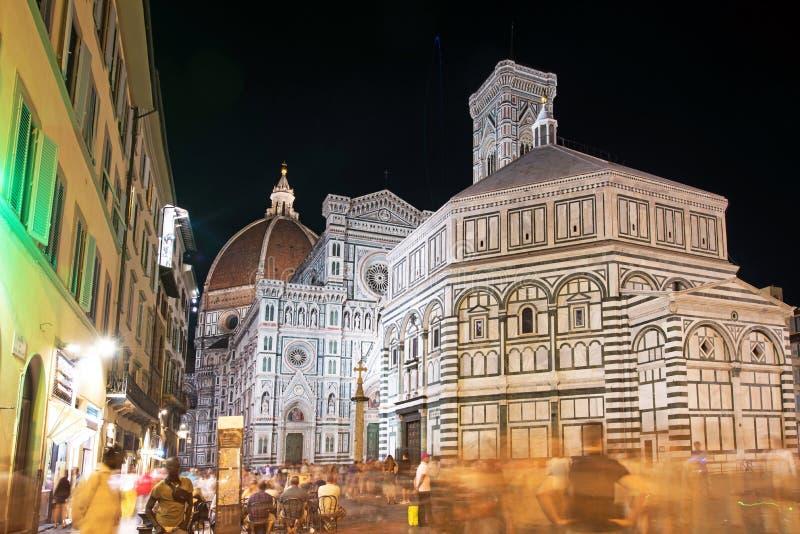 Sagolik sikt för härligt landskap av berömda Florence Duomo Cathe royaltyfri bild