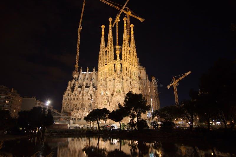 Sagrada Familia τη νύχτα στοκ φωτογραφίες με δικαίωμα ελεύθερης χρήσης