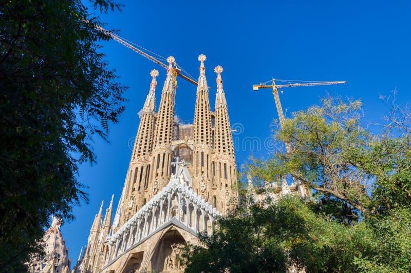 Sagradaen Familia domkyrkan som planläggs av Gaudi, Barcelona arkivfoto