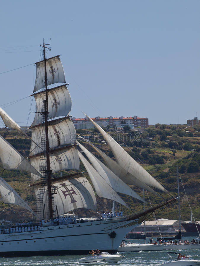 Download Sagres Tall Ship In Tagus River Editorial Stock Photo - Image: 25819278