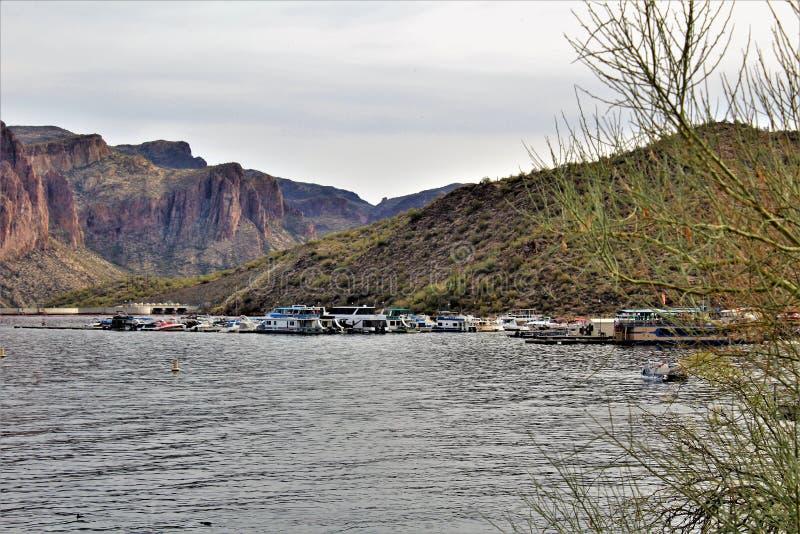 Saguaro sjöbehållare, Maricopa County, Arizona, Förenta staterna fotografering för bildbyråer