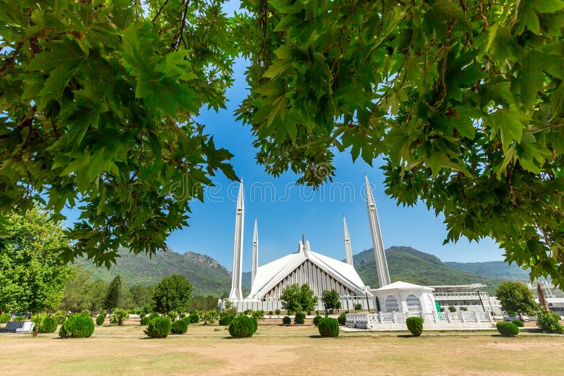 Sah Faisal Mosque en Islamabad, Paquistán fotografía de archivo