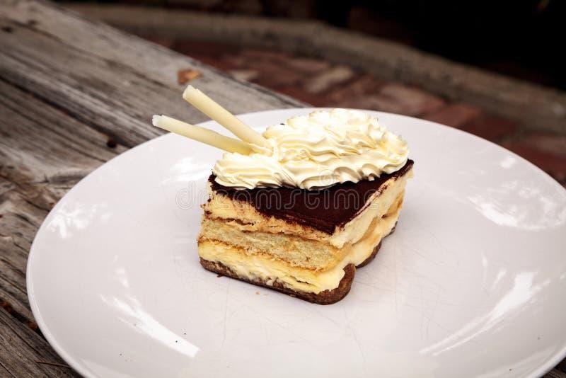 Sahniger italienischer Tiramisu mit einem Kaffee würzte Vanillepudding stockfoto