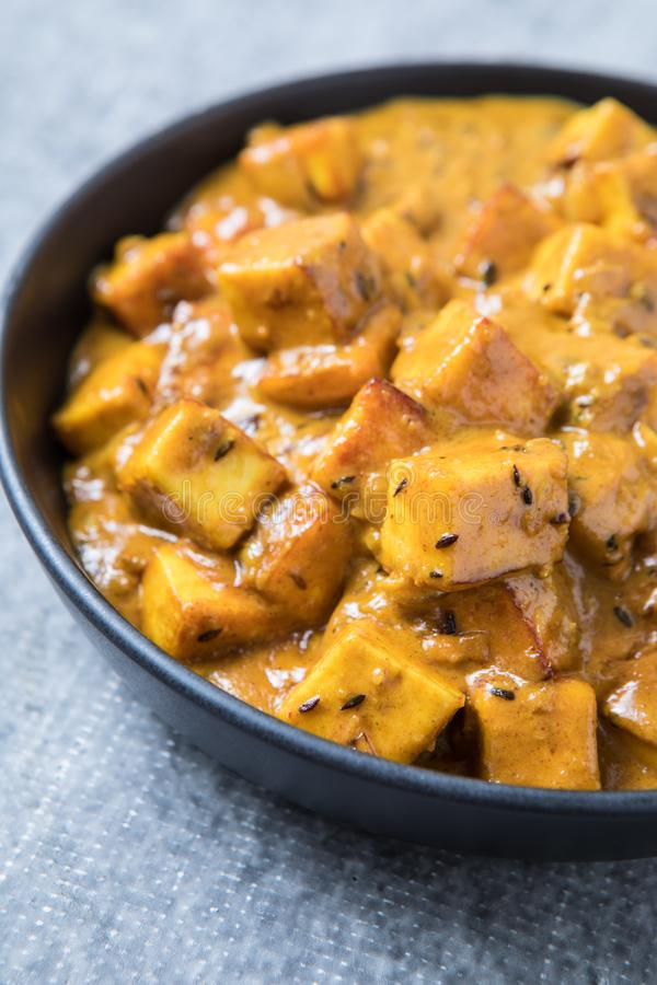 Sahniger Paneer-Curry lizenzfreie stockfotos