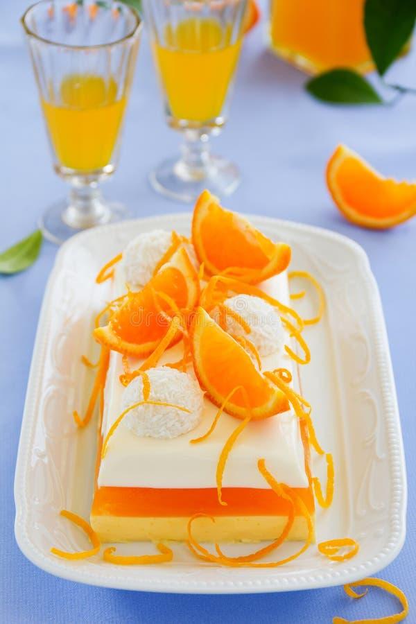 Sahniges orange Gelee mit Tangerinen lizenzfreies stockfoto