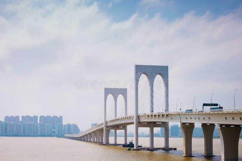 Sai范bridge和现代大厦在澳门 库存图片