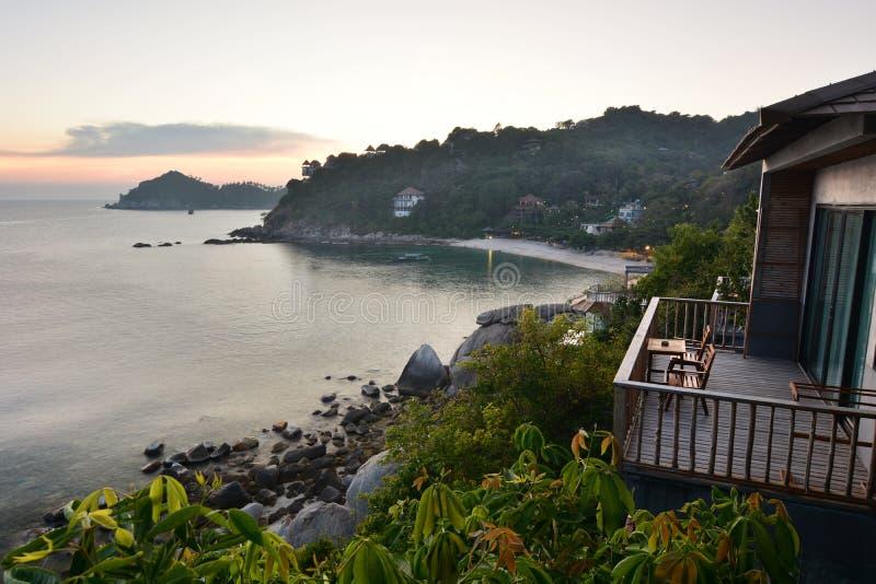 Sai Daeng zatoka przy p??mrokiem koh Tao Tajlandia fotografia royalty free