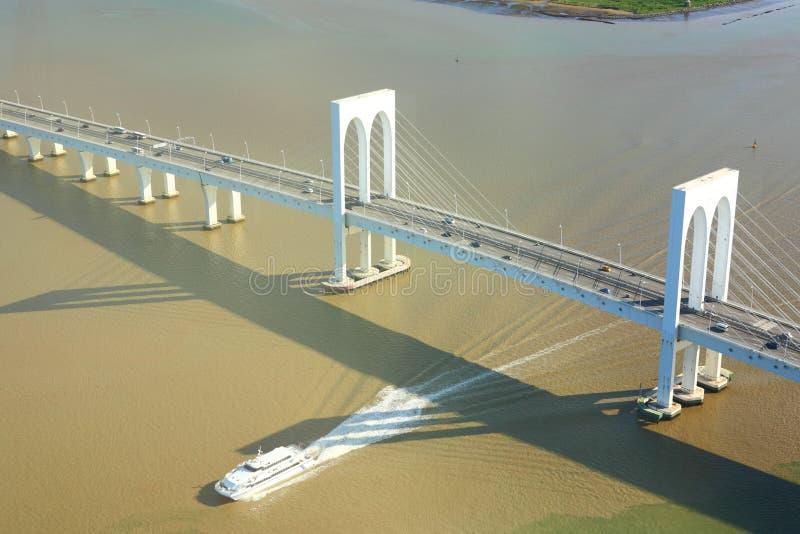 Download Sai Van мост в Макао стоковое фото. изображение насчитывающей seascape - 33737750
