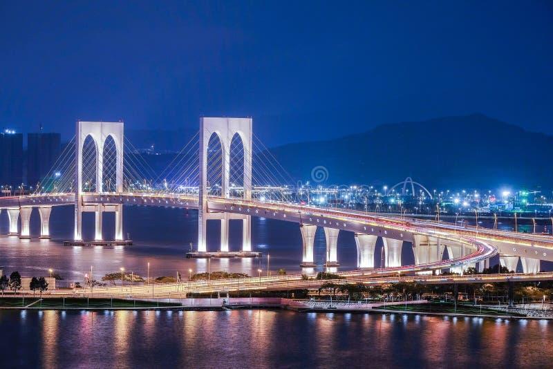 Sai Van Bridge-mening bij nacht, Macao royalty-vrije stock fotografie