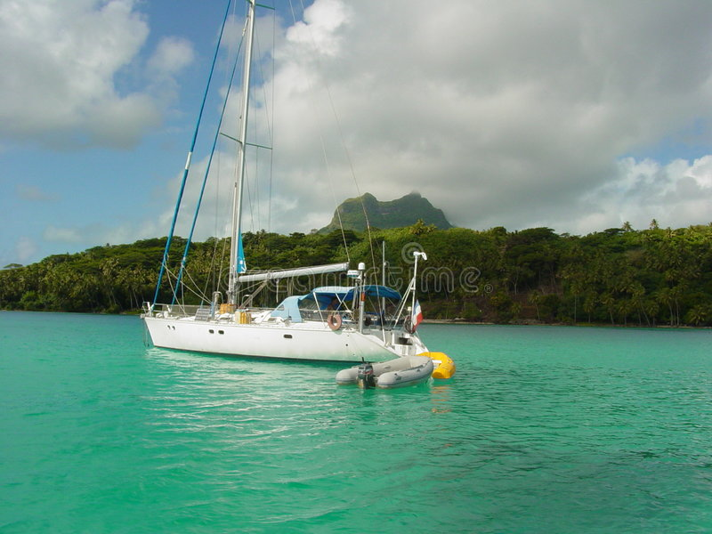 Saiboat in Bora Bora immagine stock