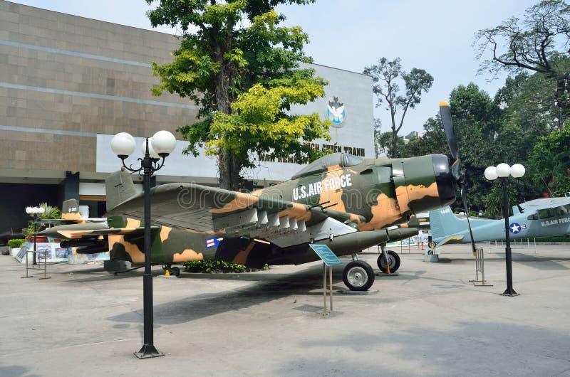 Saigon, Βιετνάμ, 20 Ιανουαρίου, 2015 Κανένας, αμερικανικά αεροπλάνα στο πολεμικό μουσείο του Βιετνάμ σε Saigon στοκ φωτογραφίες