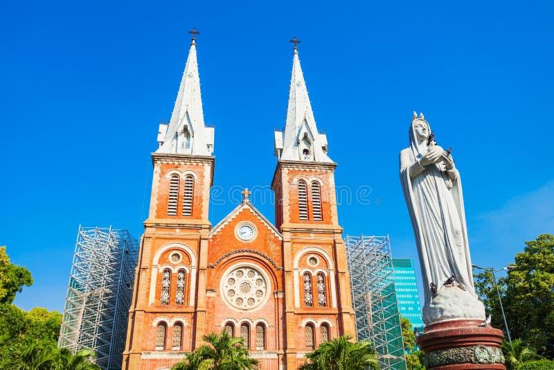 Saigon Notre Dame Cathedral Basilica fotografering för bildbyråer