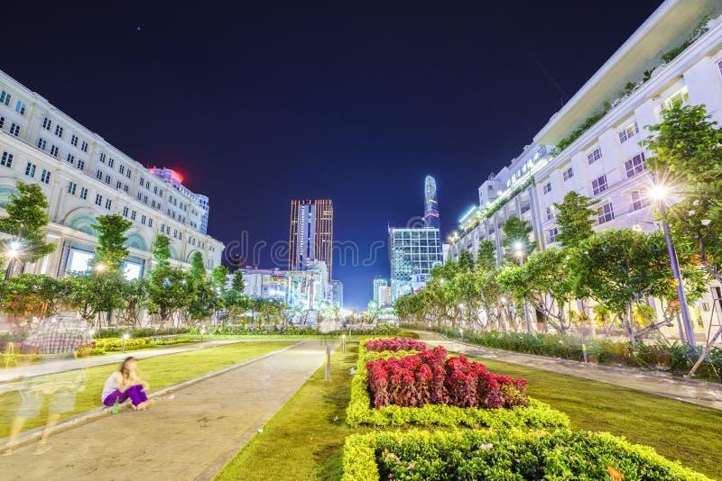 Saigon vid natt royaltyfri foto