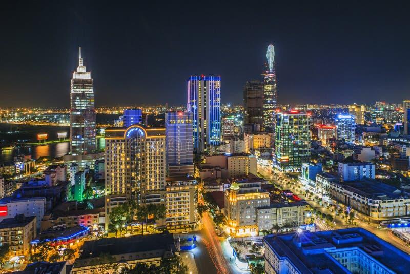 SAIGON, VIETNAM - 8. April 2016 - Eindruckslandschaft von Ho Chi Minh-Stadt nachts, lizenzfreie stockfotografie