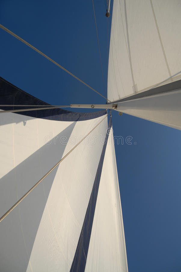 Sailboat na vela fotos de stock royalty free
