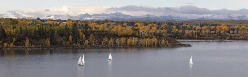 sailing озера стоковое фото rf