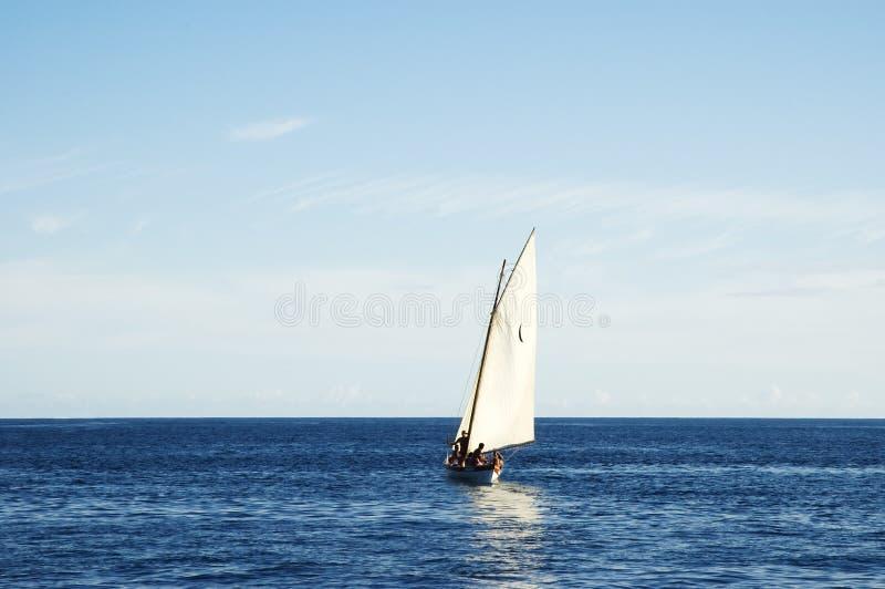 sailing 2 шлюпок стоковые фотографии rf