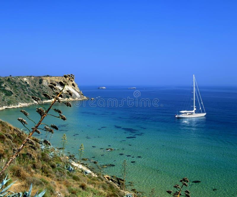 sailing kefalonia стоковая фотография rf