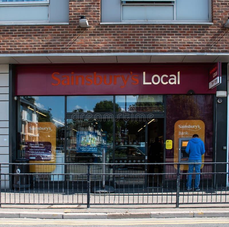 Sainsburys lokaal front royalty-vrije stock afbeeldingen
