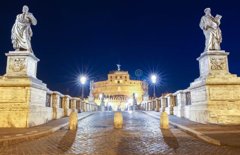 Saint Angel Castle Castel Sant Angelo e anjo de Ponte Sant da ponte, Roma, Itália imagem de stock royalty free