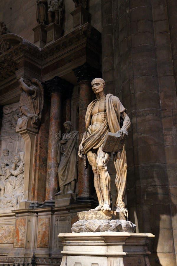 Saint Bartholomew Interior de sculpture de Milan Cathedral Duomo di Milano photos stock