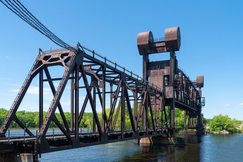 Saint Croix River Crossing Bridge da estrada de ferro de BNSF fotos de stock