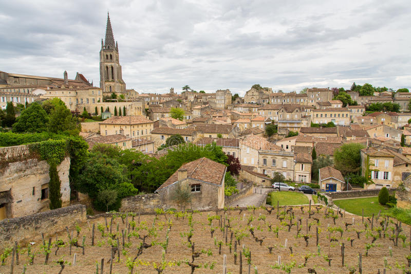 Download Saint-Emilion Village And Vineyard Stock Image - Image: 31853695