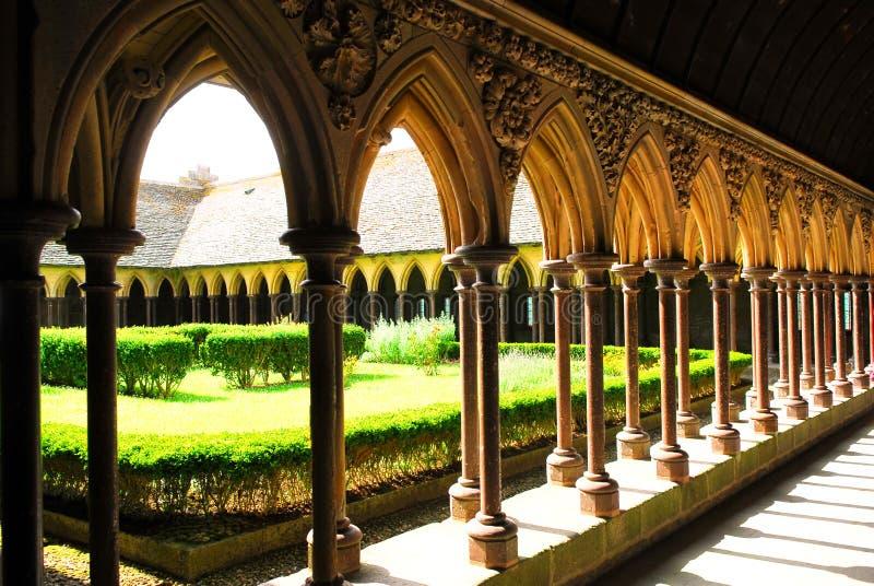 saint för cloistermichel mont arkivbilder